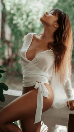 Йоана Николова